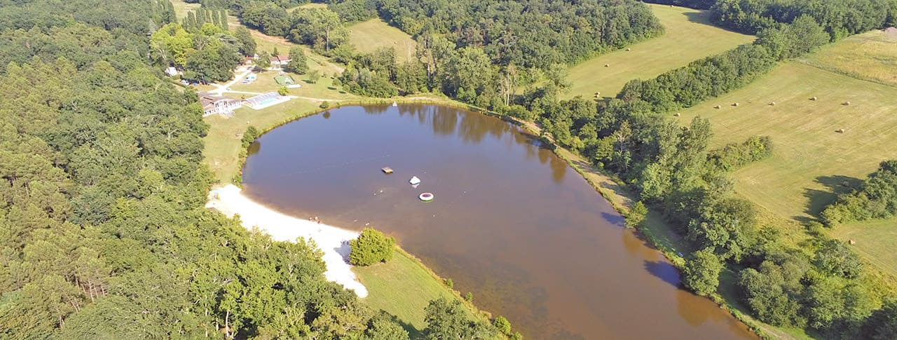 ✅ Dès 315€ / logement : séjour au calme en bord de lac dans le Lot-et-Garonne !